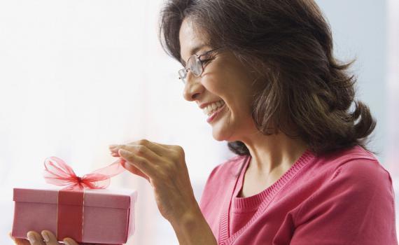 Yaklaşan Anneler Günü'ne Özel: Bir Kadın İçin Kullanışlı Olabilecek Hediye Fikirleri!