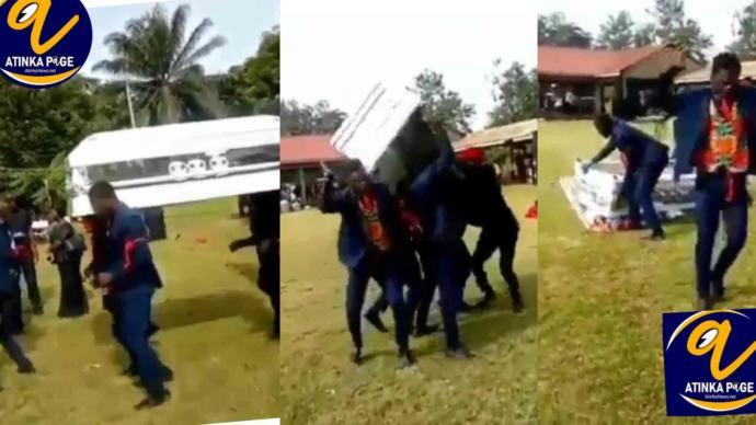 Gana'da Profesyonel Cenaze Dansçıları Törende Tabutu Düşürdü!