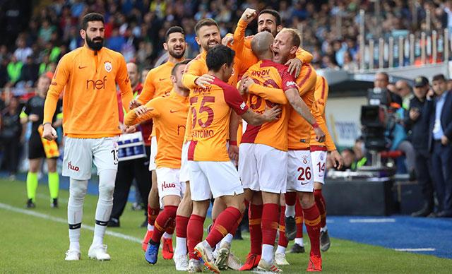 Galatasaray, Rizespor Karşısında 3 Puanı 90+7'de Attığı Golle Aldı (Maç Özeti)
