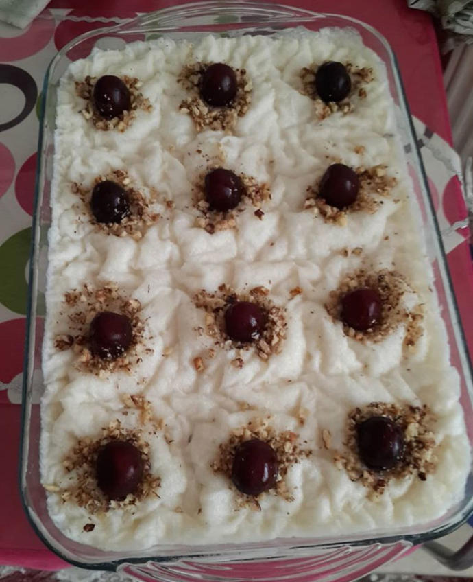 Kar Gibi Beyaz, Ramazan'a Yakışır Bir Tatlı: Güllaç!