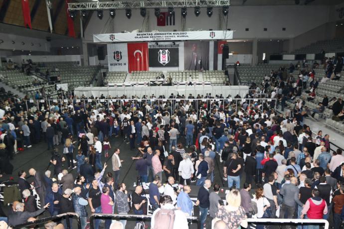 Fikret Orman 5. Kez Beşiktaş'ın Başkanı Oldu