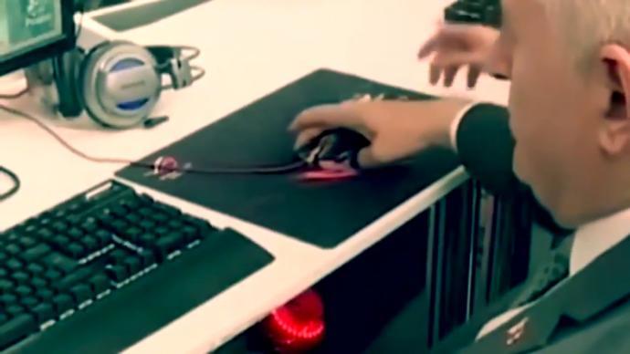 Sosyal Medya, Binali Yıldırım'ın Mouse (Fare) Tutuşunu Konuşuyor