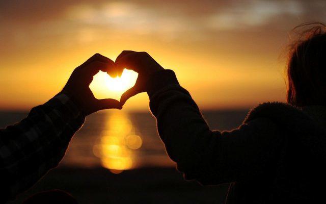 Kalp mi Sever Yoksa Akıl mı?