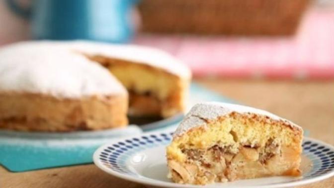 Elma, Tarçın ve Cevizin Muhteşem Birleşimi: Elmalı Şarlot