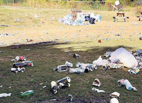 Doğayı Kirletmeyelim, Çöp Poşeti Bulunduralım