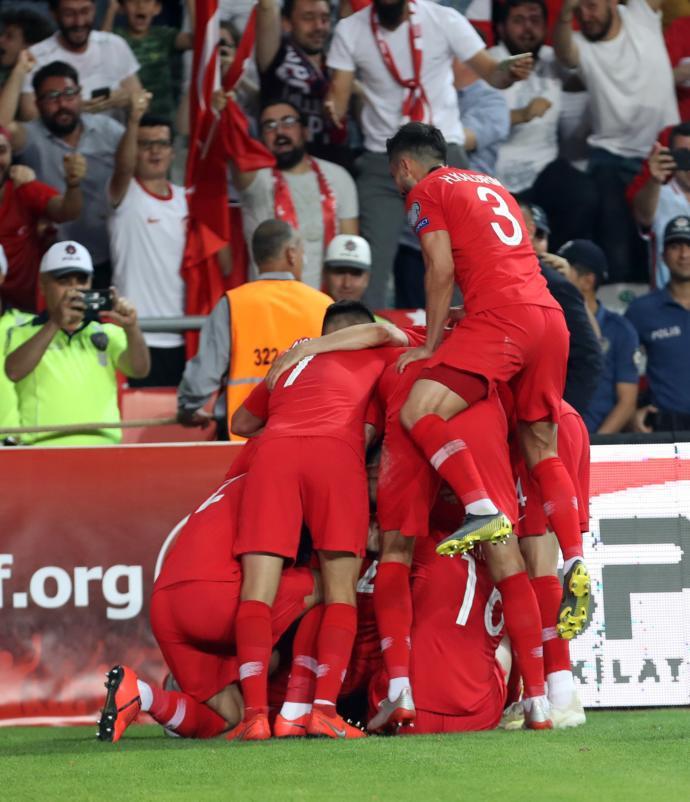 Hem Üzdük Hem Ezdik! Türkiye 2-0 Fransa
