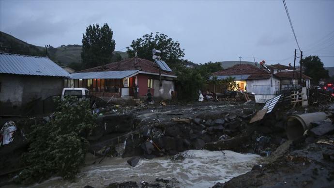 Valilik, Ankara'da Meydana Gelen Sel Felaketinde 3 Kişinin Hayatını Kaybettiğini Açıkladı