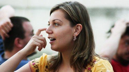 Bedenimiz Konuşuyor: En Bilindik Beden Dili Anlamları!