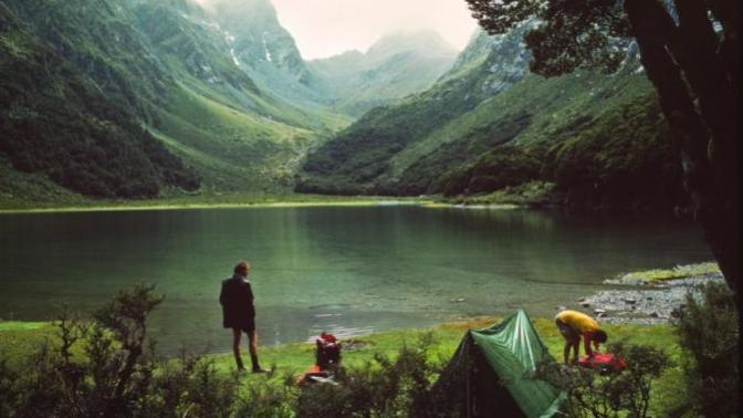 Bence kamp yapmak otelde kalmaktan daha zevkli.