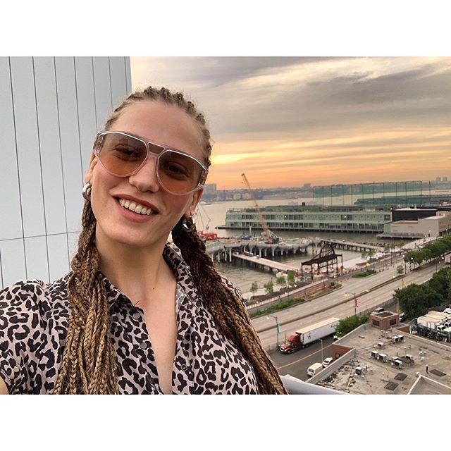 Serenay Sarıkaya: Yalnızım ve Çok Mutluyum!