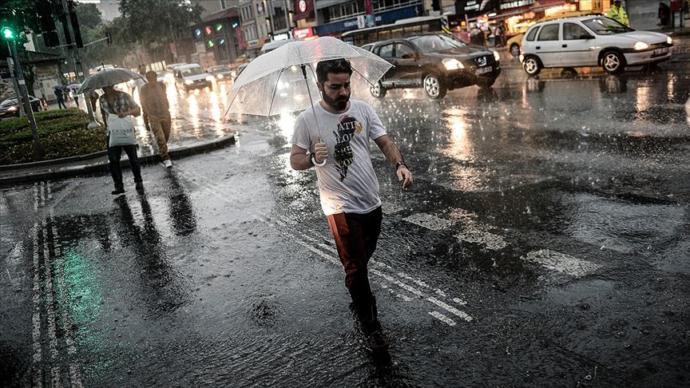 Sıcaklardan Bunalanlara Müjdeli Haber! Serin ve Yağışlı Hava Geliyor