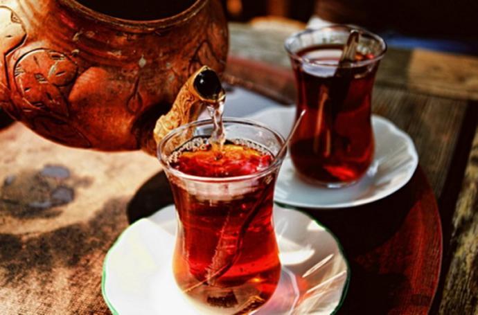 İşte Bu Olmadı! Çayın 5 Bardaktan Fazlası Zarar