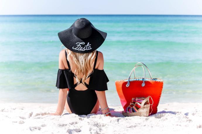 2019 Yazının Rengi Olan Turuncu ile Plaj Kombinimi Hazırladım!