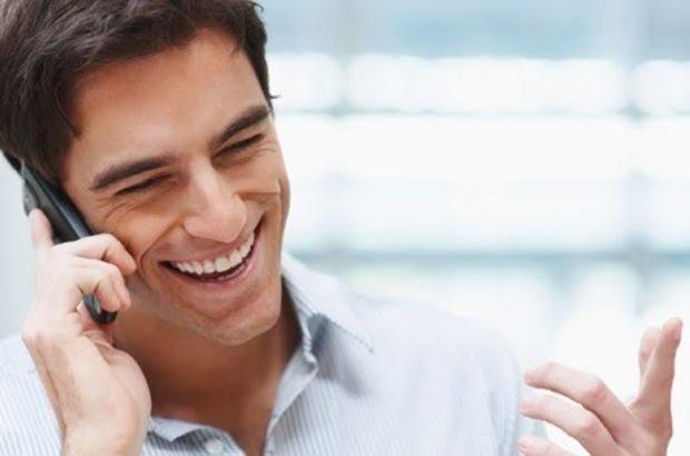 Hoşlanan Erkeklerin Yaptığı 6 Davranış