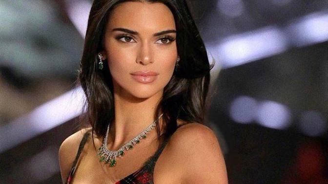 Kendall Jenner #bottlecapchallenge'a Son Noktayı Koydu