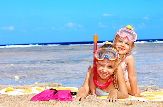 Çocuklarla Tatile Çıkarken Çantamızda Neler Bulundurmalıyız?