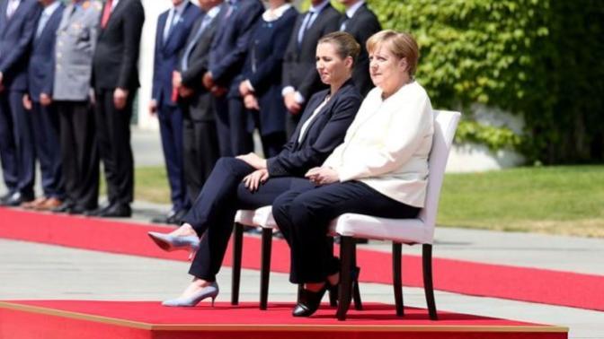 Angela Merkel'in Titreme Nöbetlerine Sandalyeli Önlem!
