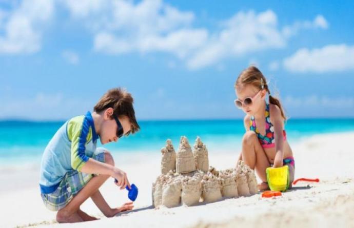 Çocuklar İçin Plaj Çantası Hazırlığı 🏖️