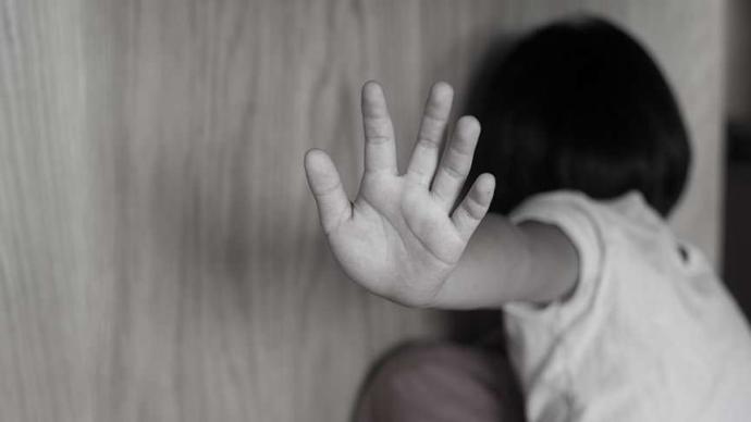 Hindistan, 'Çocuklara Yönelik Cinsel İstismar' Suçuna Ölüm Cezası Getirdi