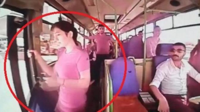Hareket Halindeki Otobüsten İnen Genç Kız Hayatını Kaybetti (Video Haber)