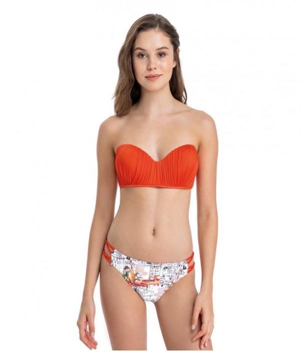 Dagi kaplı bikini