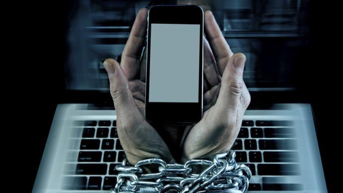 Teknoloji Bağımlılığı Bizi Ne Derece Etkiliyor?