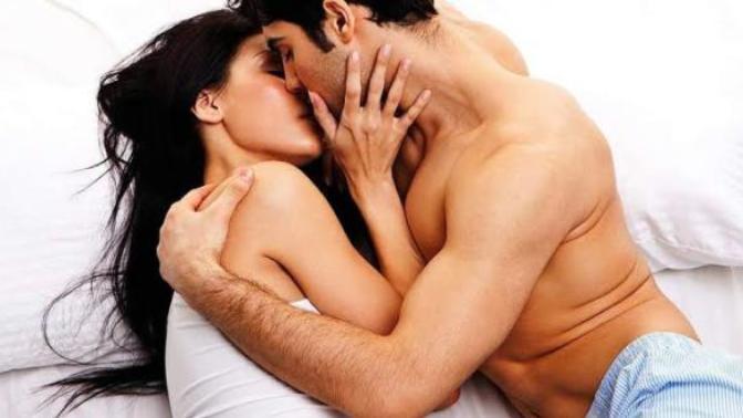 Daha Güzel Bir Seks İçin Erkeklerin Yatakta Yapmaması Gerekenler!