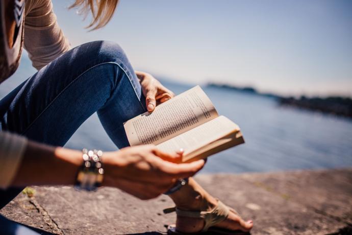 Kaliteli Zaman Geçirmenin En Güzel Yollarından Biri, Kitap Okumak! Her Türden En Beğenilen Kitap Setleri Burada!