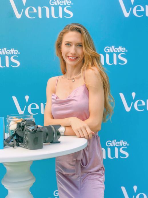 Tatilde Tüy Sorunsalına, Yeni Gillette Venus Comfortglide Olay ile Çözüm!