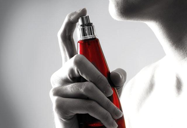 Parfüm Seçimi Yaparken Mutlaka Dikkat Etmeniz Gereken Kurallar
