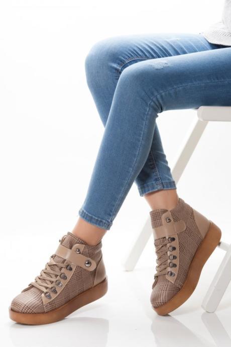 Ekose Desen Spor Ayakkabı
