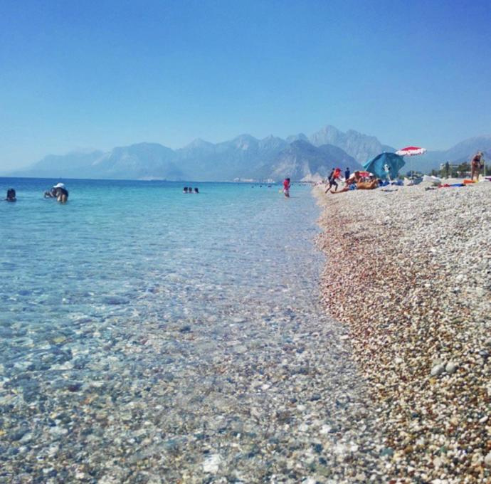 Konyaaltı plajı (Antalya)