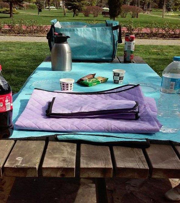 Çantalı Piknik Örtüsü