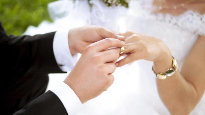 Evlenmeden Önce Sevgilinize Sormanız Gereken 11 Soru