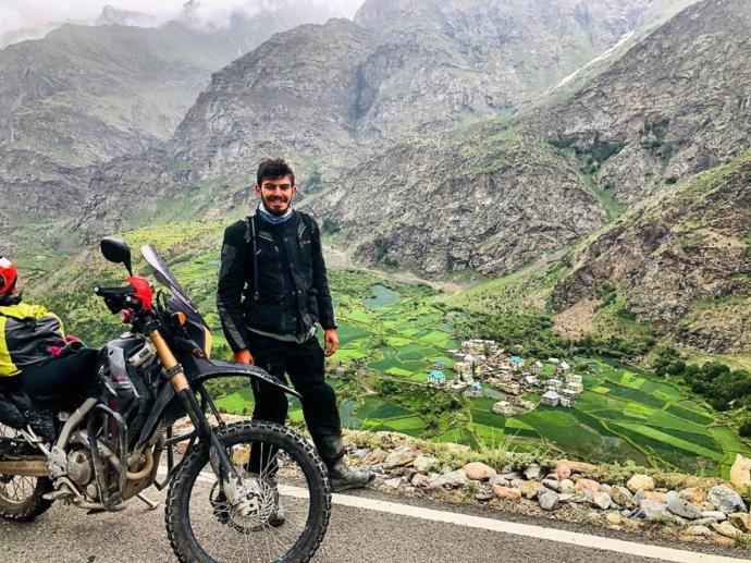 O Yeni Nesil Seyyah: Türkiye'nin En Genç Motosikletli Gezgini Tuna'nın Mistik Orta Asya / İpek Yolu Seyahati Mest Edecek
