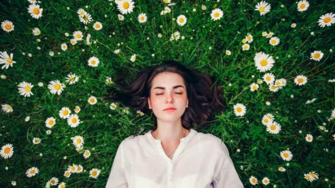Biz Kadınlar İki Regl Dönemi Arasında Neler Yaşıyoruz?