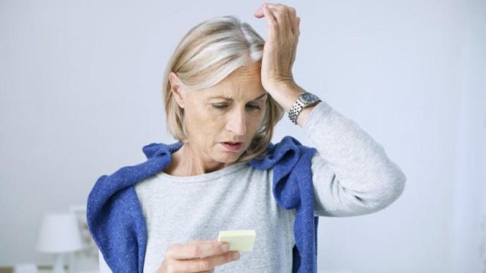 Kötü ağız ve diş sağlığı Alzheimer'e neden oluyor.