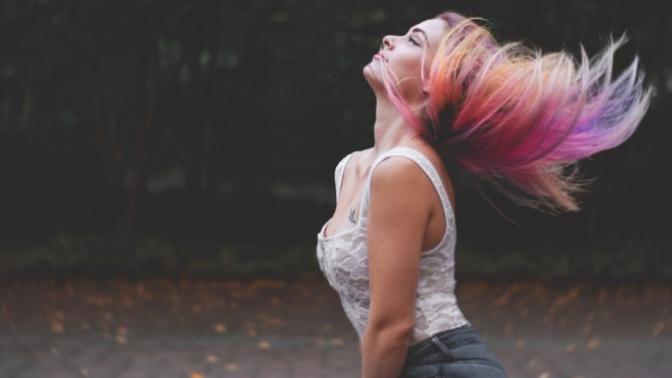 Kendime Yeni Bir Ben Lazım: Saç Boyamak İçin Birkaç Neden!