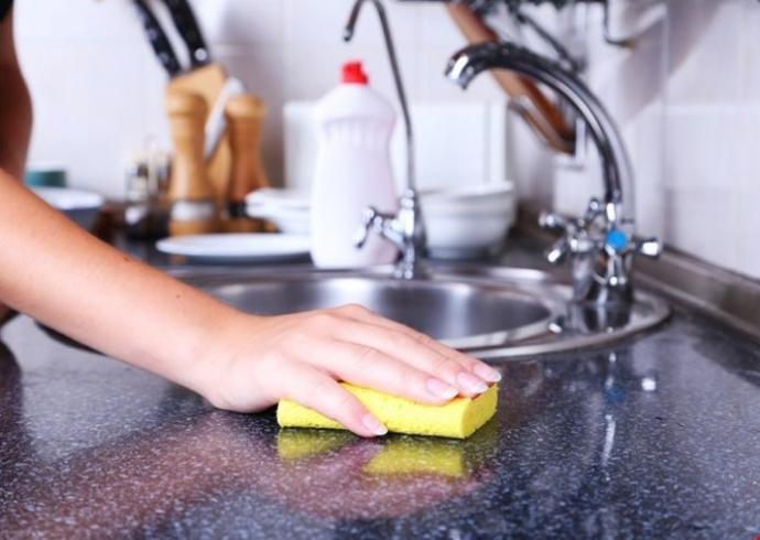 Mutfak temizlemek