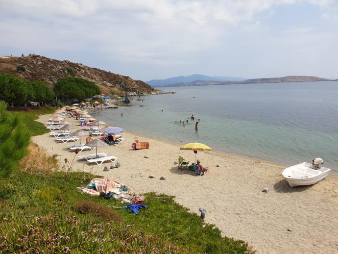 Karadut plajı