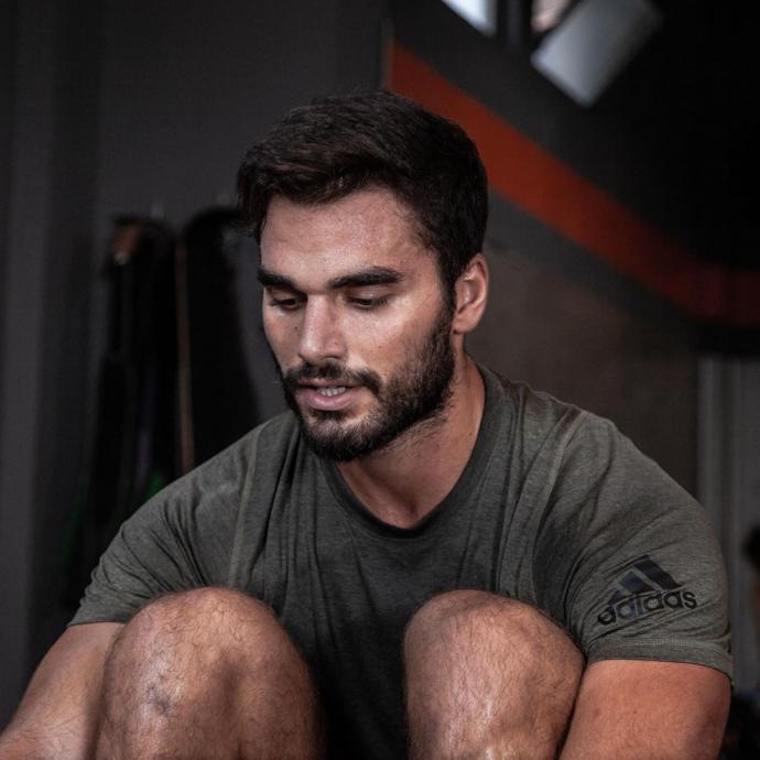 Crossfit mi, O mu Cazibeli: Son Yılların Yükselen Yıldızı Crossfit Sporunu Survivor Yarışmacısı Atakan Işıktutan ile Konuştuk