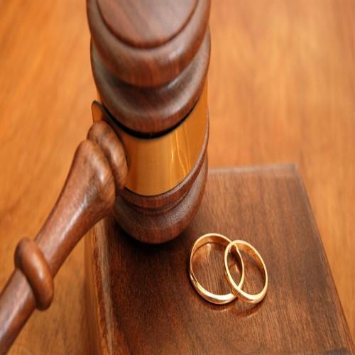 Aynı Yatakta Birbirine Dokunmadan Yatan Çiftler: Sekssiz Evliliğin Nedenleri