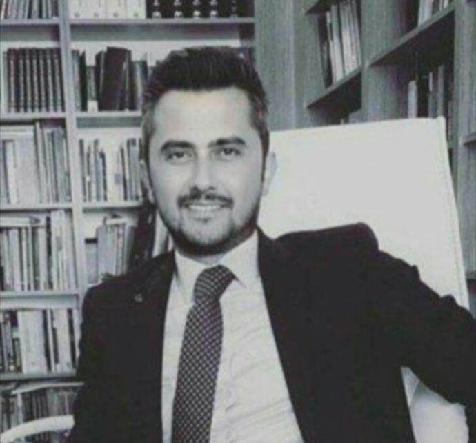 Melek mi, Şeytan mı, Sadece Adalet Savaşçısı mı? Bir Avukata Sorulması Gereken 11 Çarpıcı Soruyu Avukat Tolga Aydemir'e Sordum