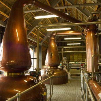 Bunlar mesela viskilerin malt ve suyunun karıştırılıp, alttan ısıtılarak damıtıldığı kazanlar