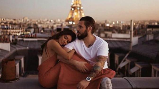 Bir Erkeğin Sevdiği Kadından Beklediği 6 Bağlayıcı Davranış