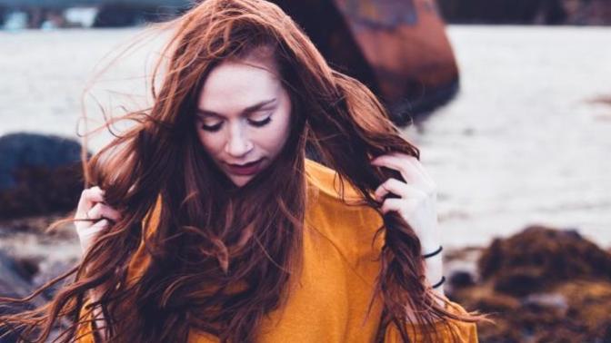 Saç Boyasının Kesinlikle Dikkat Edilmesi Gereken Yan Etkileri ve Zararları!