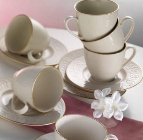 Kütahya porselen fincan takımı