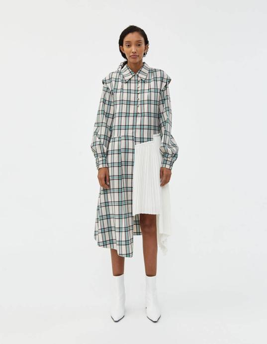 Önümüzdeki Sezonun Favorisi Olacak Farklı Parçalı Kıyafetler