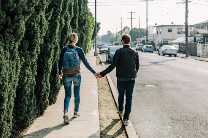 Uzak Mesafe İlişki Yaşayanlar Nelere Dikkat Etmeli?