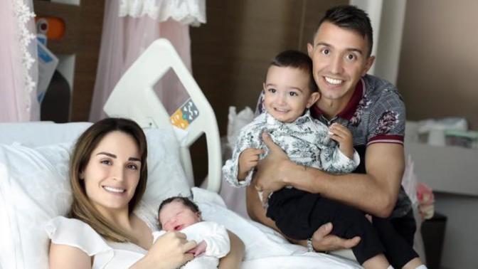 Galatasaray'ın Başarılı File Bekçisi Fernando Muslera İkinci Kez Baba Oldu (Foto Haber)